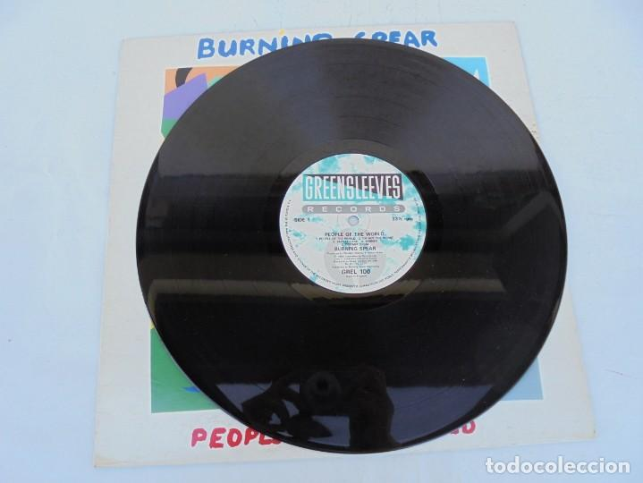 Discos de vinilo: BURNING SPEAR. PEOPLE OF THE WORLD. LP VINILO. GREENSLEEVES RECORDS. 1986 - Foto 5 - 210392652