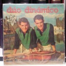 Discos de vinilo: ** DÚO DINÁMICO - BAILANDO TWIST / PERDÓNAME / ¿DIME POR QUE? + 1 - EP AÑO 1962 - LEER DESCRIPCIÓN. Lote 210475121