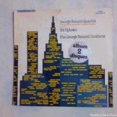 Discos de vinilo: GEORGE BENSON QUARTET. 2 LP: IT'S UPTOWN; THE GEORGE BENSON COOKBOOK. 1985 ENGLAND. CBS 22187.. Lote 210480281
