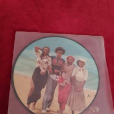 Discos de vinilo: PICTURE DISC - BONEY M - HOORAY HOORAY IT'S A HOLI-HOLIDAY + RIBBONS OF BLUE. Lote 210553063