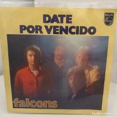 Discos de vinilo: FALCONS - DATE POR VENCIDO/TE QUIERO SOLO A TI/SINGLE 1979 PHILIPS,ESPAÑA. Lote 210947786