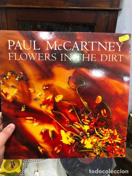 LP PAUL MC CARTNEY - FLOWERS IN THE DIRT (Música - Discos - LP Vinilo - Otros estilos)