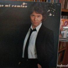 Discos de vinilo: Y...SIGO MI CAMINO RAPHAEL //REDICION 1983 // COMO YO TE AMO / FLOR DE UN DIA / SE FUE / .... Lote 211392244