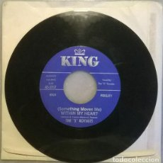 Discos de vinilo: THE 5 ROYALES. WHY/ (SOMETHING MOVES ME) WITHIN MY HEART. KING, USA 1960 SINGLE R&B. Lote 211454010
