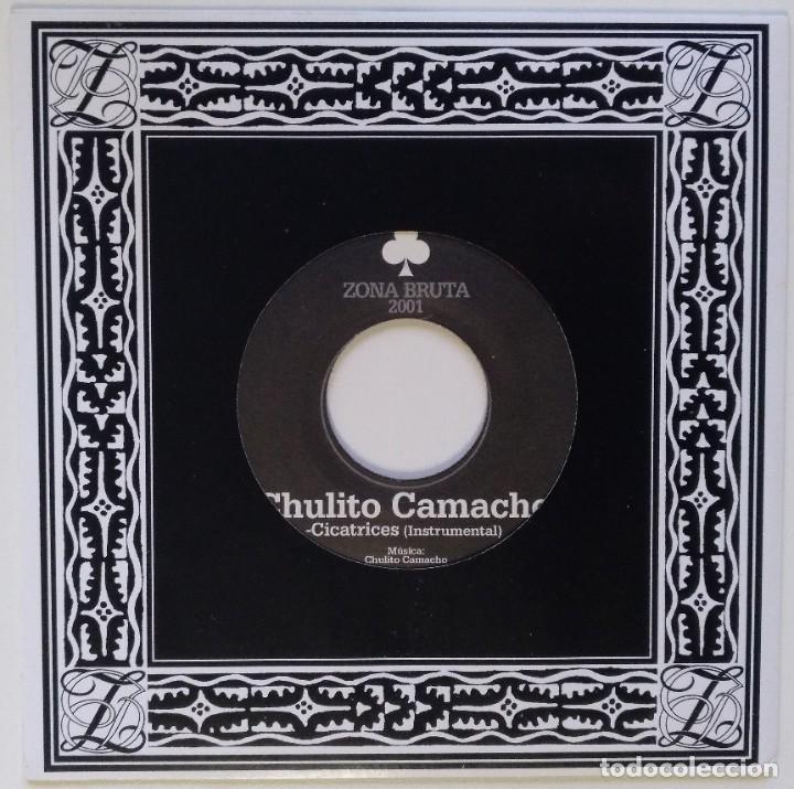 """Discos de vinilo: CHULITO CAMACHO - CICATRICES (ZONA BRUTA) [RAGGA HIP HOP / REGGAE ORIGINAL] 7"""" 45RPM [2001] - Foto 2 - 211481014"""