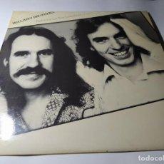 "Discos de vinilo: LP - BELLAMY BROTHERS – FEATURING ""LET YOUR LOVE FLOW"" - HWBS 321-118 (VG / VG+) SPAIN 1976. Lote 211526010"