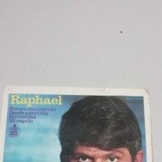 Discos de vinilo: SINGLE RAPHAEL (EP. 1966) ESTUVE ENAMORADO - DESDE AQUEL DIA - NO VUELVA - MI REGALO. Lote 211556442
