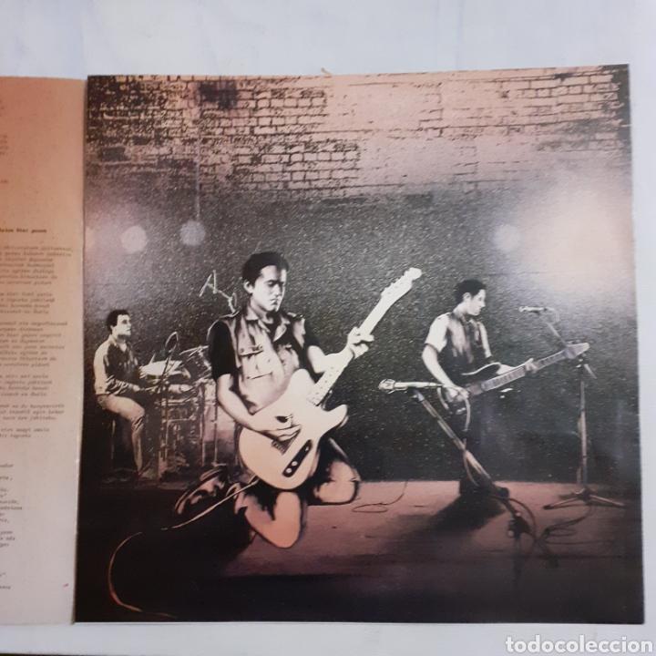 Discos de vinilo: Kortatu. El Estado de las cosas. S-149. Oihuka, 1986. Ree. O-149. Disco VG++. Carátula EX. - Foto 5 - 211701384