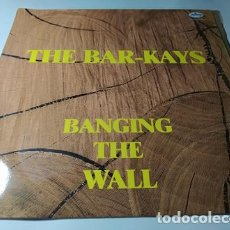 Discos de vinilo: LP - THE BAR-KAYS – BANGING THE WALL - 424 604-1 (VG+/ VG+) SPAIN 1989. Lote 211778620