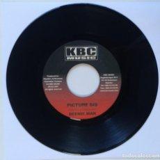 "Discos de vinilo: BEENIE MAN - PICTURE DIS / FAMUS - GONE PON TOP [REGGAE / DANCEHALL ORIGINAL] 7"" 45RPM [2002]. Lote 212118400"