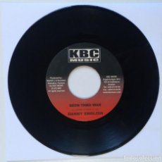 "Discos de vinilo: DANNY ENGLISH - BEEN THUR WAR / CHICKEN - COULD A WAH [REGGAE / DANCEHALL ORIGINAL] 7"" 45RPM [2002]. Lote 212118886"