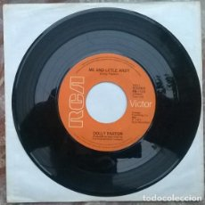 Discos de vinilo: DOLLY PARTON. ME AND LITTLE ANDY/ HERE YOU COME AGAIN. RCA-VICTOR, 1977 SINGLE. Lote 212317516