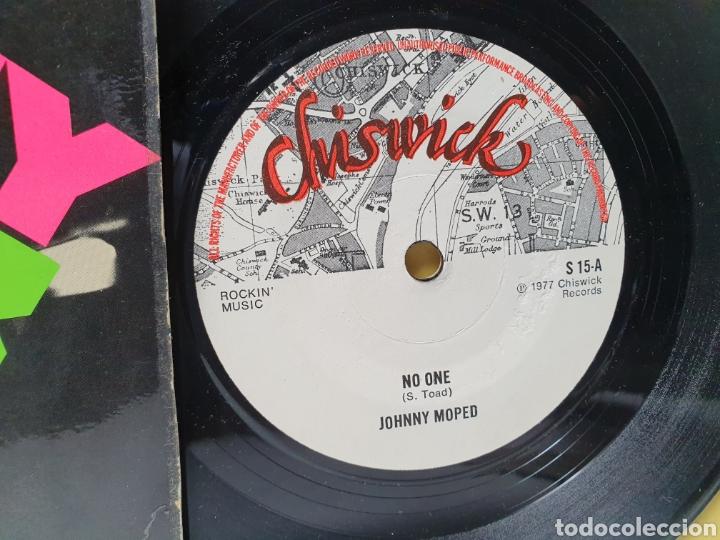 Discos de vinilo: JOHNNY MOPED. CHISWICK RECORDS. SINGLE ORIGINAL 1977. - Foto 4 - 213149903