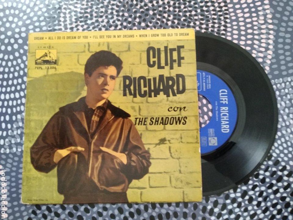 VINILO CLIFF RICHARD CON THE SHADOWS. LA VOZ DE SU AMO 1963. DREAM (Música - Discos de Vinilo - Maxi Singles - Pop - Rock Extranjero de los 50 y 60)