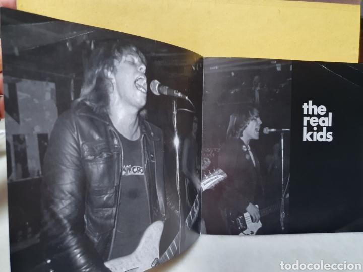 Discos de vinilo: THE REAL KIDS. NOW YOU KNOW. WHO NEEDS YA. DOG MEAT RECORDS. EDICION LIMITADA 1000. SINGLE 1994. - Foto 7 - 213187513