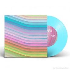 Discos de vinilo: SINGLE LOS PUNSETES UNA PERSONA SOSPECHOSA VINILO AZUL LTD 500 COPIAS. Lote 213227206