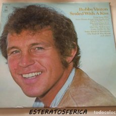 Dischi in vinile: BOBBY VINTON - SEALED WITH A KISS - 1972 EPIC SPAIN. Lote 213241182