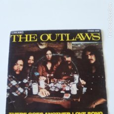 Discos de vinil: THE OUTLAWS THERE GOES ANOTHER LOVE SONG / KEEP PRAYIN ( 1976 ARISTA ESPAÑA ) COUNTRY ROCK. Lote 213364421