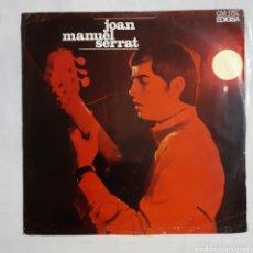 Discos de vinilo: JOAN MANUEL SERRAT. ELS SETZE JUTGES. CM 175L. 1967. DISCO VG+. CARÁTULA VG (MUY SOBADA). Lote 213439203