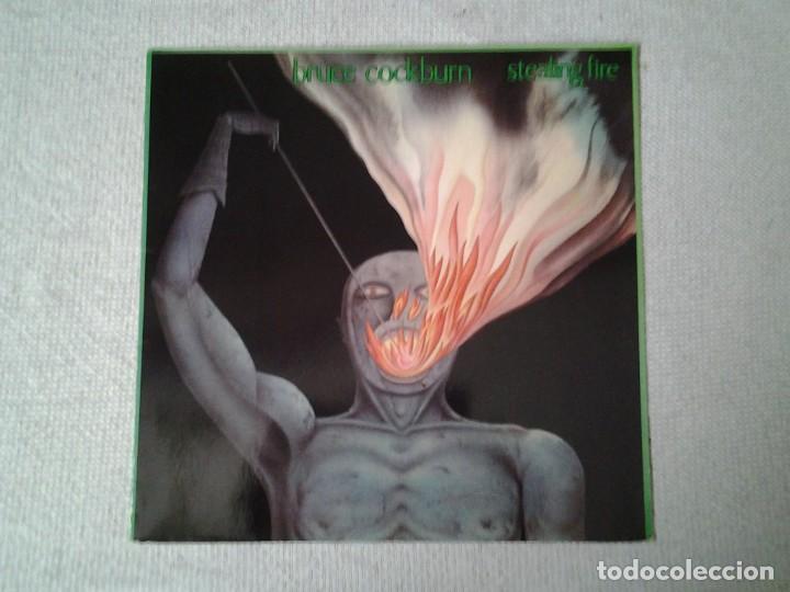 BRUCE COCKBURN -STEALING FIRE- LP PLANE 1984 LC 0972 MUY BUENAS CONDICIONES. ED. ALEMANA. (Música - Discos - LP Vinilo - Jazz, Jazz-Rock, Blues y R&B)