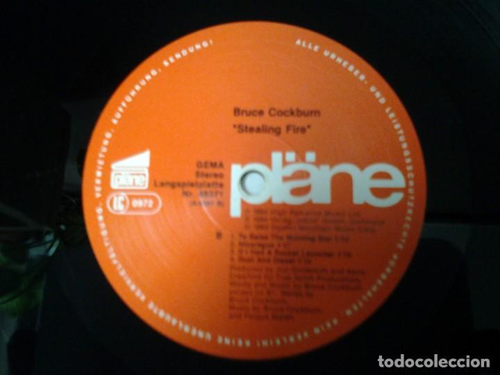Discos de vinilo: BRUCE COCKBURN -STEALING FIRE- LP PLANE 1984 LC 0972 MUY BUENAS CONDICIONES. ED. ALEMANA. - Foto 2 - 213472701