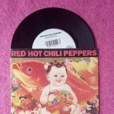 Discos de vinilo: SINGLE RED HOT CHILI PEPPERS - GIVE IT AWAY - 5439-19144-7 - GERMANY PRESS (EX/NM). Lote 213541200
