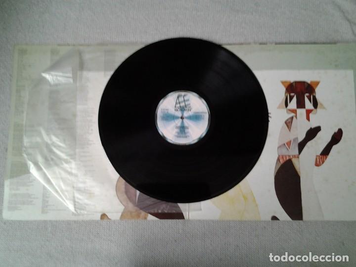 Discos de vinilo: STEVEI WONDER -INNER VISIONS- LP MOTOWN 2-47.086 ED. ESPAÑOLA GATEFOLD SLEEVE MUY BUENAS CONDICIONES - Foto 3 - 213555577