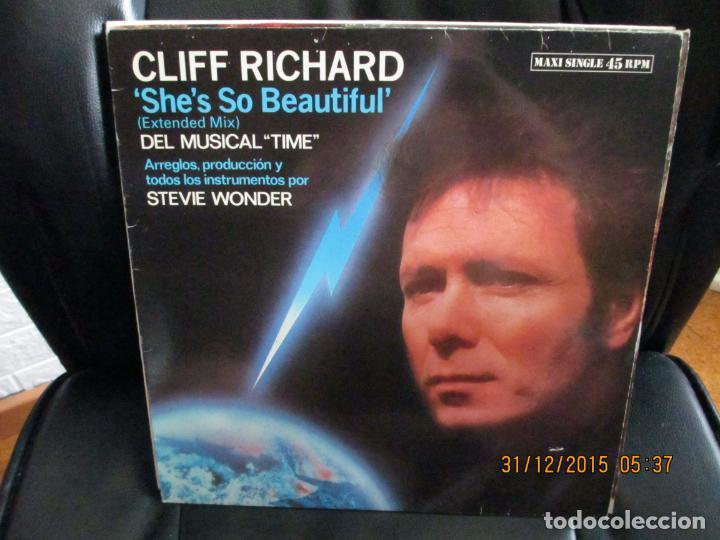 CLIFF RICHARD ?– SHE'S SO BEAUTIFUL (Música - Discos de Vinilo - Maxi Singles - Pop - Rock - New Wave Extranjero de los 80)