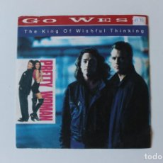 Discos de vinilo: GO WEST, SINGLE, THE KING OF WISHFUL THINKING, 1990 PRETTY WOMAN. Lote 213807257