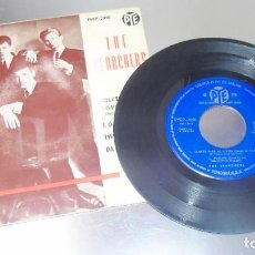 Discos de vinilo: THE SEARCHERS --- SWEETS FOR MY SWEET / TWIST AND SHOUT +2 ---ORIGINAL AÑO 1963---( VG+ ). Lote 196304430