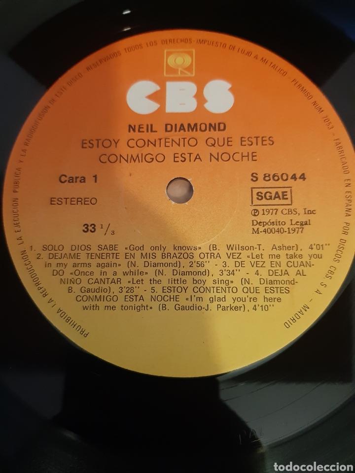 Discos de vinilo: NEIL DIAMOND. ESTOY CONTENTO QUE ESTES CONMIGO ESTA NOCHE. CBS. 1977. SPAIN - Foto 3 - 213981238