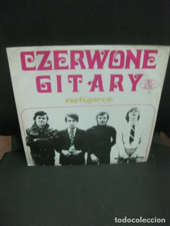 CZERWONW GITARY. NA FUJARCE. LP. MADE IN POLAND. (Música - Discos - LP Vinilo - Pop - Rock - Extranjero de los 70)