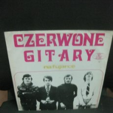 Discos de vinilo: CZERWONW GITARY. NA FUJARCE. LP. MADE IN POLAND.. Lote 214417590