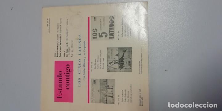 Discos de vinilo: DISCO DE VINILO SINGLES DE LOS CINCO LATINOS-ESTANDO CONTIGO-LAS HOJAS VERDES- - Foto 2 - 214515553