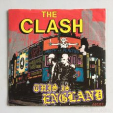 Discos de vinilo: THE CLASH – THIS IS ENGLAND / DO IT NOW UK 1985 CBS. Lote 214526447