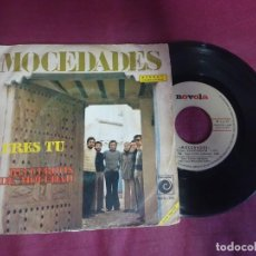 Discos de vinilo: SINGLE, MOCEDADES, ERES TU, RECUERDOS DE MOCEDAD, VER FOTOS. Lote 214566693