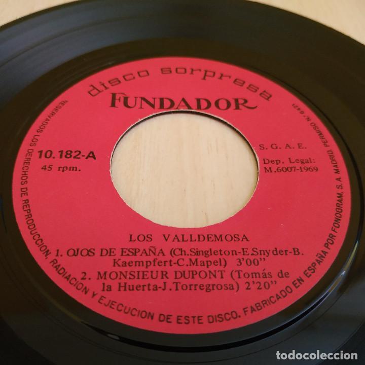 Discos de vinilo: LOS VALLDEMOSA - OJOS DE ESPAÑA / MONSIEUR DUPONT / YELOW BIRD + 1 - EP FUNDADOR DEL 1969 EXCELENTE - Foto 2 - 215445087