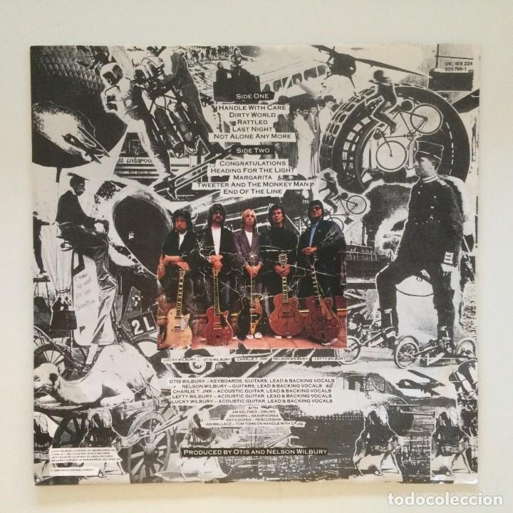 Discos de vinilo: Traveling Wilburys – Volume One Europe 1988 WILBURY RECORDS - Foto 3 - 215706491