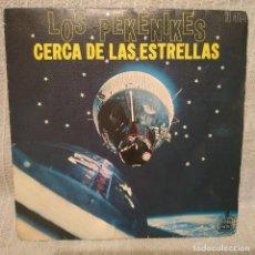 Discos de vinilo: LOS PEKENIKES - CERCA DE LAS ESTRELLAS / SOÑAR NO CUESTA NADA 7'' SINGLE HISPAVOX 1968 MONO POPSIKE. Lote 215768833