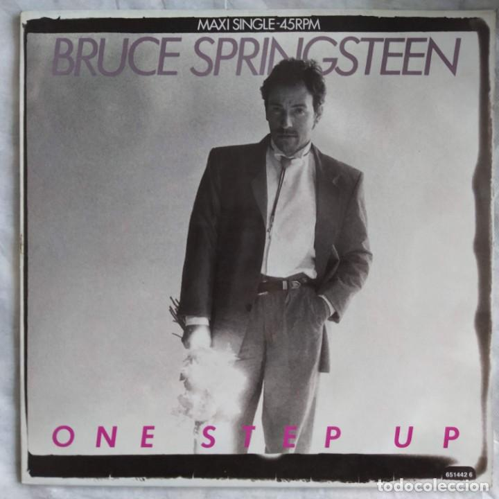 "BRUCE SPRINGSTEEN - ONE STEP UP (12"", MAXI) (CBS) 651442 6 (D:VG+) (Música - Discos de Vinilo - Maxi Singles - Rock & Roll)"