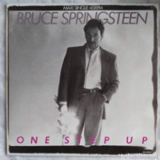 "Discos de vinilo: BRUCE SPRINGSTEEN - ONE STEP UP (12"", MAXI) (CBS) 651442 6 (D:VG+). Lote 215827130"