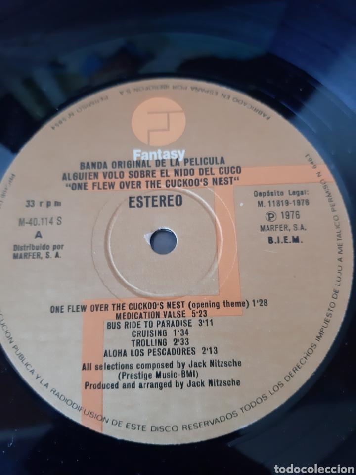 Discos de vinilo: ALGUIEN VOLO SOBRE EL NIDO DEL CUCO. BANDA ORIGINAL. FANTASY. 1976. SPAIN. - Foto 4 - 215870995