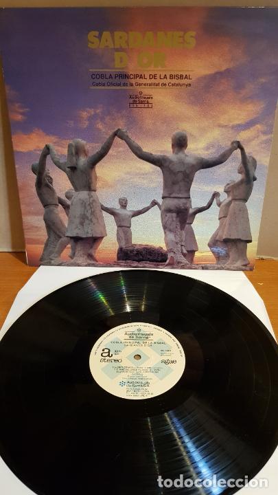 COBLA PRINCIPAL DE LA BISBAL / SARDANES D'OR / LP - AVS-1988 / MBC. ***/*** (Música - Discos - LP Vinilo - Country y Folk)