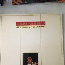 Discos de vinilo: JULIO IGLESIAS-28 GRANDES EXITOS LATINOS-1989-2 LP-EXCELENTE ESTADO. Lote 216563467