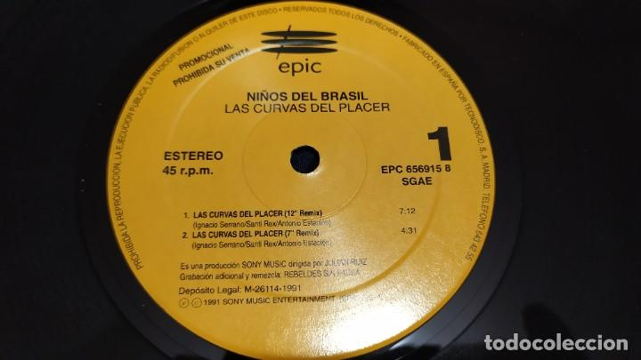 Discos de vinilo: NIÑOS DEL BRASIL - LOTE DE 3 MAXISINGLES Y 5 SINGLES PROMOCIONALES - 1989-1993 - HÉROES DEL SILENCIO - Foto 5 - 216757007