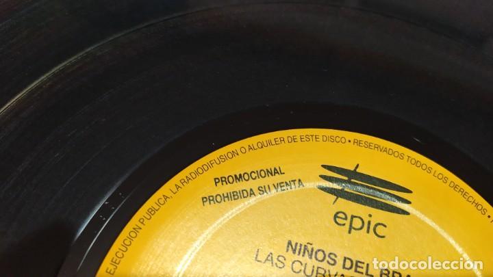 Discos de vinilo: NIÑOS DEL BRASIL - LOTE DE 3 MAXISINGLES Y 5 SINGLES PROMOCIONALES - 1989-1993 - HÉROES DEL SILENCIO - Foto 6 - 216757007