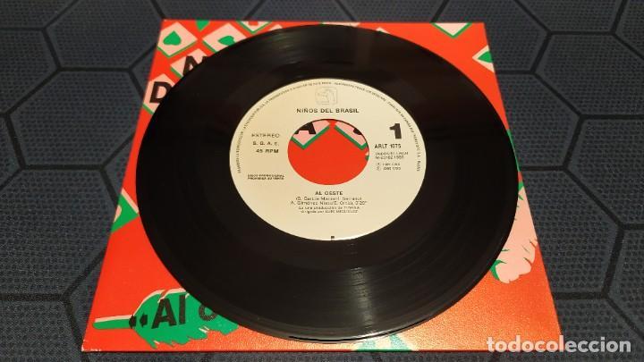 Discos de vinilo: NIÑOS DEL BRASIL - LOTE DE 3 MAXISINGLES Y 5 SINGLES PROMOCIONALES - 1989-1993 - HÉROES DEL SILENCIO - Foto 18 - 216757007