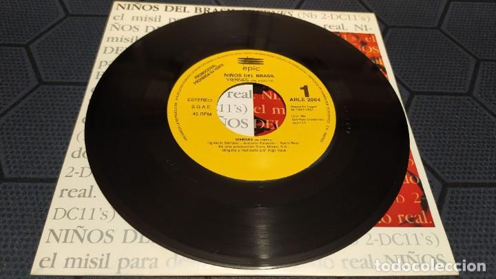 Discos de vinilo: NIÑOS DEL BRASIL - LOTE DE 3 MAXISINGLES Y 5 SINGLES PROMOCIONALES - 1989-1993 - HÉROES DEL SILENCIO - Foto 26 - 216757007