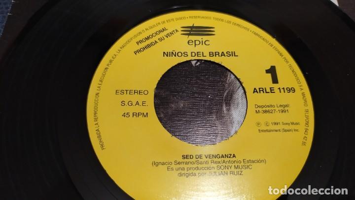 Discos de vinilo: NIÑOS DEL BRASIL - LOTE DE 3 MAXISINGLES Y 5 SINGLES PROMOCIONALES - 1989-1993 - HÉROES DEL SILENCIO - Foto 31 - 216757007