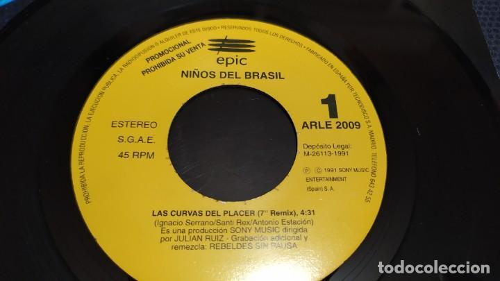 Discos de vinilo: NIÑOS DEL BRASIL - LOTE DE 3 MAXISINGLES Y 5 SINGLES PROMOCIONALES - 1989-1993 - HÉROES DEL SILENCIO - Foto 35 - 216757007